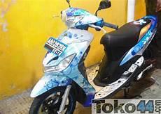Stiker Motor Modifikasi by Modifikasi Stiker Motor Mio Oto Trendz