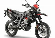 aprilia sx 125 2018 aprilia sx 125 2018 prezzo e scheda tecnica moto it