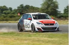 peugeot 308 racing cup peugeot 308 racing cup pictures auto express