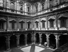 cortile palazzo farnese l architettura quattrocento cinquecento e seicento