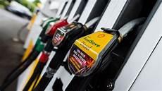 Carburants Forte Augmentation Des Prix