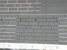 Farbe Für Ziegelsteine - test meter mit dunkler und heller verfugung der schwarzen
