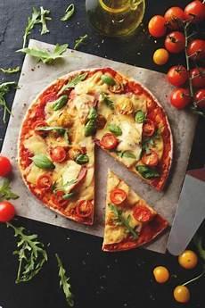 les recettes de pizza italienne pizza italienne cuisine du monde en 2019 pizza pizza