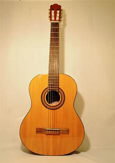 beginner acoustic guitars beginner acoustic guitar chateau c08 06 san marino center