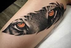 1001 significations et designs du tatouage plume