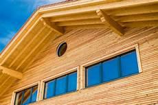 Anstrich Holzfassaden