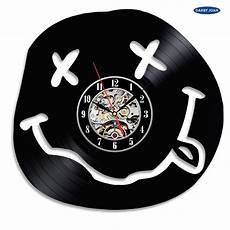Cool Vinyl Disc Concept Wall Clock Smiley