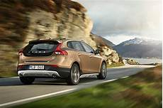 fiche technique volvo v40 fiche technique volvo v40 cross country d3 2014