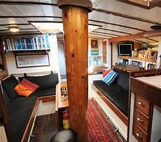 interno barca a vela charter barca a vela nel mediterraneo vacanza e crociere