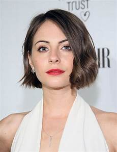40 short haircuts for round faces trending in july 2020