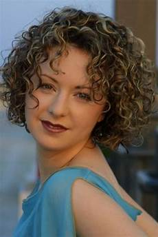 20 photo of short haircuts for naturally curly hair and