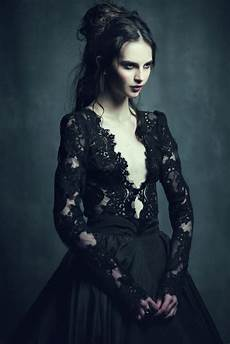 pin by 𝙎𝘼𝙍𝘼𝙃 on persephone will have her fill 183 gothic fashion dark fashion fashion