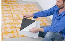 Sol Vinyle Sans Colle Le Carrelage Sans Colle Les Diff 233 Rentes Possibilit 233 S