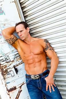 male fitness model wbff male fitness model ethan benda