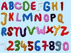 Malvorlagen Zahlen Und Buchstaben 26 Crochet Letter Patterns The Funky Stitch