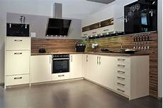 küche weiß hochglanz arbeitsplatte design grau k 252 che