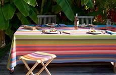 pliant et nappe multicolore pour table de jardin exotique