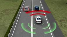 volvo to build crashproof car by 2020
