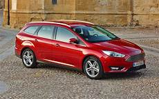 nuova ford focus versione business da 23 250