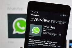 whatsapp addio al microsoft store e ai windows phone questi smartphone non potranno pi 249 usarlo