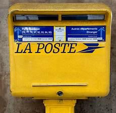 boite aux lettres poste la poste sending snail mail in language