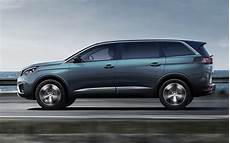 nouveau 5008 peugeot peugeot debuts all new 5008 as a 7 seater suv carscoops