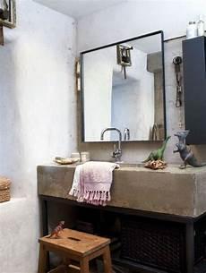 regardsetmaisons le miroir de salle de bain