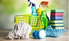 de nettoyage les indispensables du nettoyage de la maison trucs pratiques