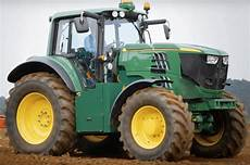 get a look at deere s new fully electric tractor