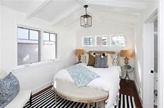 beautiful small bedrooms photos 23 clever ideas of decorating small beautiful bedrooms