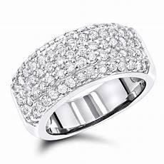 diamond wedding bands 14k pave diamond band 1 5ct