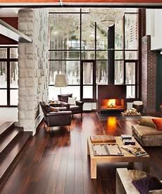 innenarchitektur wohnzimmer mit kamin chemin 233 e et verri 232 re moderne h 252 tten design f 252 r zuhause