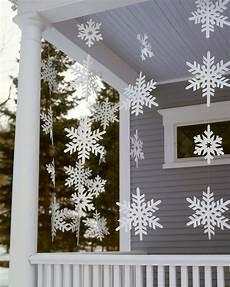 schneeflocken girlande basteln 20 diy outdoor decorations to start on this weekend