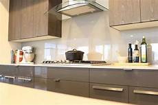 Glass Kitchen Backsplashes Glass Backsplash Is A Trendy Low Maintenance Choice For