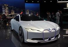 Bmw I Vision Dynamics Electric Concept Car Debuts At Iaa 2017