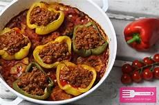 gefüllte paprika im backofen paprika mit bolognese im ofen 252 berbacken low carb