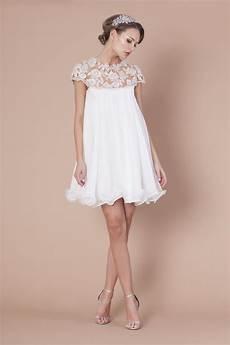 title avec images robe de mari 233 e courte robe