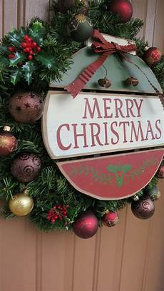23 merry christmas signs decorating ideas to try now feed inspiration