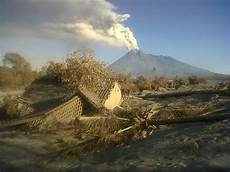 Gambar 10 Gambar Gunung Merapi Meletus Di Yogyakarta