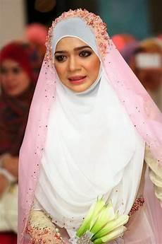 Tutorial Jilbab Pengantin Menutup Dada Ragam Muslim