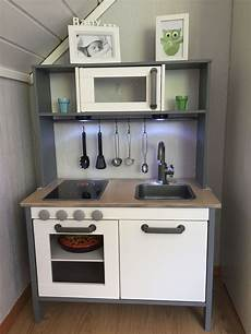 Hacks Küche - ikea duktig hack kitchen spraypainted grey ikea