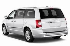 2016 chrysler town country reviews and rating motor trend