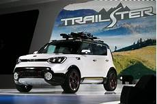 awd soul kia shows awd soul trailster at chicago auto show