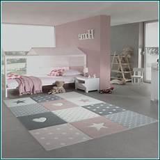 kinderzimmerteppich junge runder teppich kinderzimmer junge babyzimmer house und