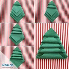 Papierservietten Falten Weihnachten - anleitung servietten falten f 252 r weihnachten sterne