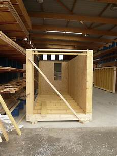 Construction Showroom En Containers Bois Container Bois