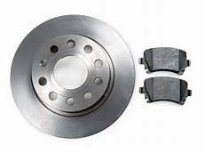 changer disque de frein clio 3 changer les disques et plaquettes de frein avant sur clio