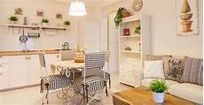Möbel Landhausstil Modern - landhausstil modern interpretiert