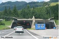 Transport Vid Mijd De Gotthardtunnel