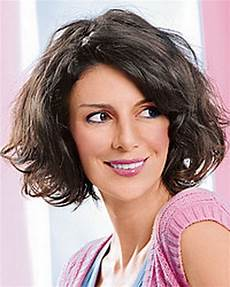 locken frisuren halblang